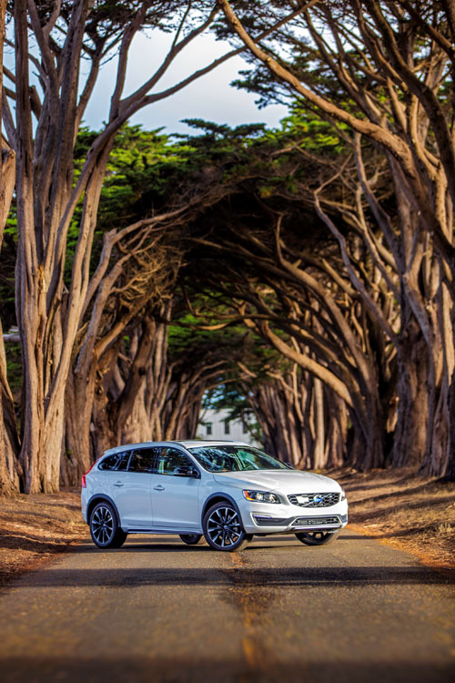 2016 - Volvo V60 Cross Country