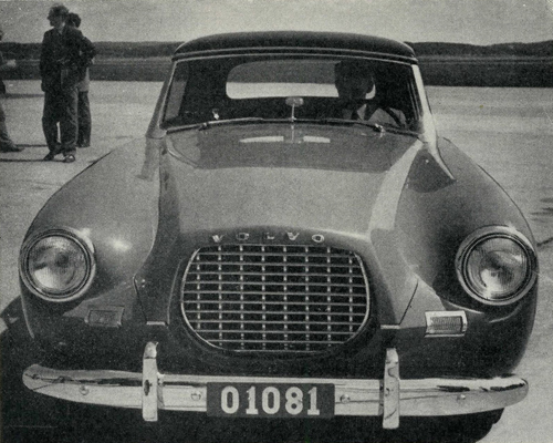 1954-06-02 – Volvo Sport P1900 Press introduction at Torslanda Airport