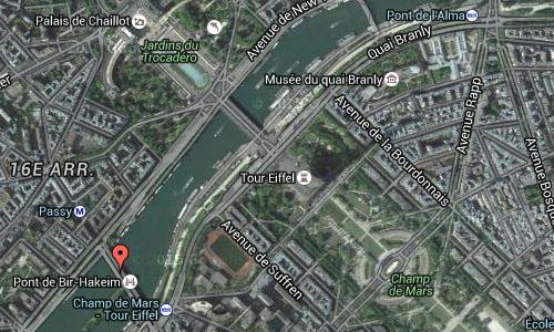 2016 - Pont de Bir-Hakeim in Paris Maps02