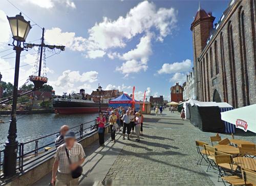 2016 - Rybackie Pobrzeże in Gdańsk, Polen (Google Streetview)