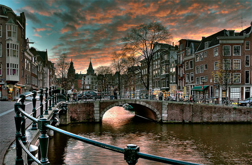 2012 - Reguliersgracht seen from the Prinsengracht in Amsterdam, The Netherlands (photo by Juan Carlos Ferro Duque)