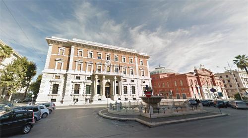 2016 - Corso Cavour in Bari, Italy (Google Streetview)