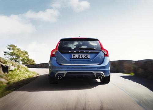 2015 - Volvo V60 Plug in Hybrid R-Design D6 AWD