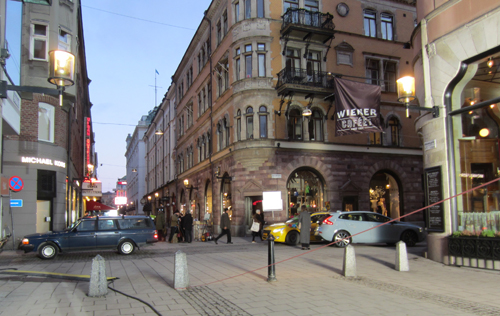 2016-01-27 - Biblioteksgatan and Mäster Samuelsgatan in Stockholm (own photo)