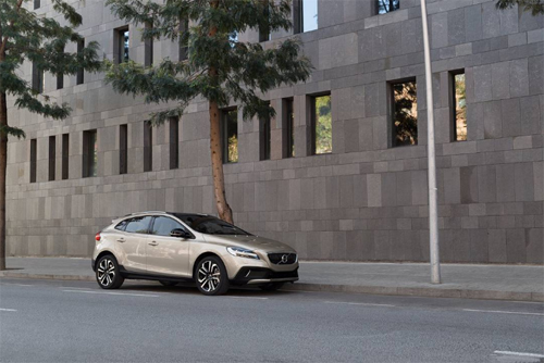 2016 – Volvo V40 Cross Country in Barcelona