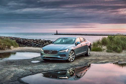 2016 - Volvo S90 at W Lake Dr in Montauk on Long Island, USA