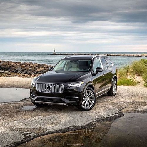 2016 - Volvo XC90 at W Lake Dr in Montauk on Long Island, USA