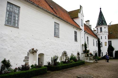 2016-bosjokloster-slott-in-hoor-03