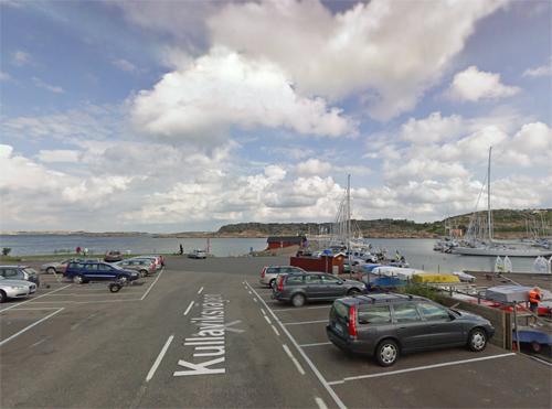 2016 - Kullaviks Hamn on Kullaviksvägen in Kullavik (Google Streetview)