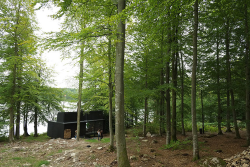 2016 - VIPP Shelter at Sjön Immeln in Skåne Sweden (Nicolás Boullosa Flickr)