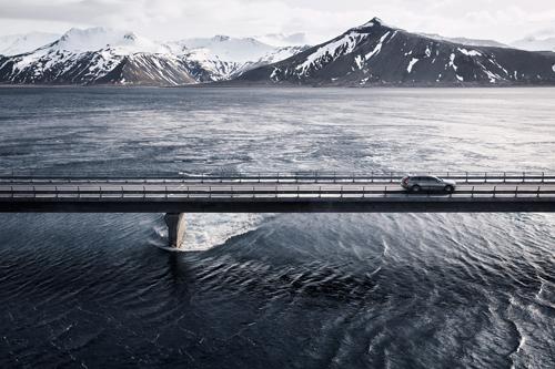 2016 - Volvo V90 Cross Country on Skagafjörður bridge at Kolgrafafjörður in West Iceland