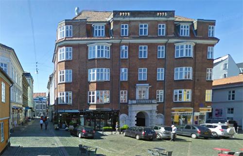 2016 - Carltons Brasserie on Rosensgade 23 in Århus- DK (Google Streetview)